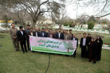 کاشت ۳۰ اصله نهال به مناسبت هفته منابع طبیعی توسط روابط عمومي هاي استان