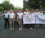همایش راهپیمایی ورزشکاران صبحگاهی در آخرین روزه هفته المپیک در همدان