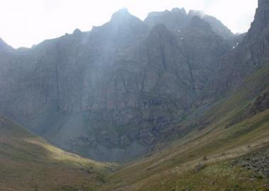 کوهنوردان مریانجی به قله کاچکار ترکیه صعود می کنند